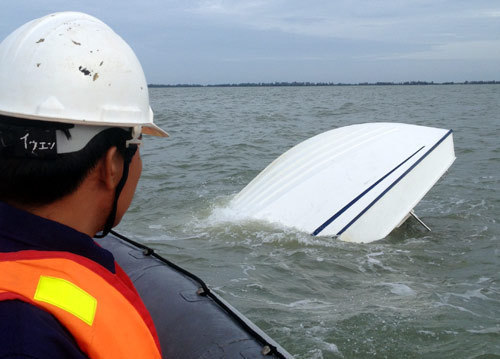 Con tàu bị chìm khiến 9 người tử vong. Ảnh: D.C